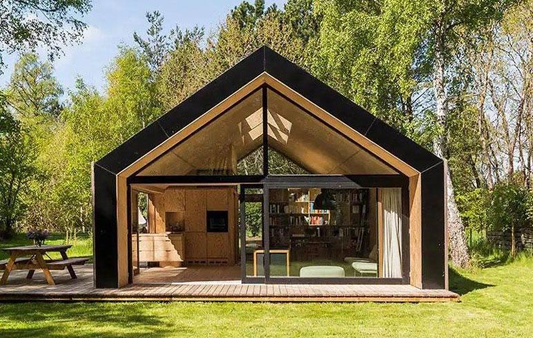 """Dom jak stodoła – czym się różni od tego """"zwykłego"""""""